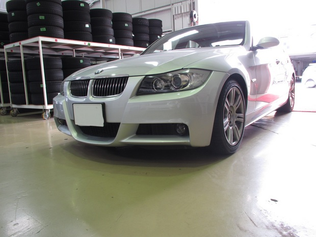 BMW325(フロントバンパー修理) (3).JPG