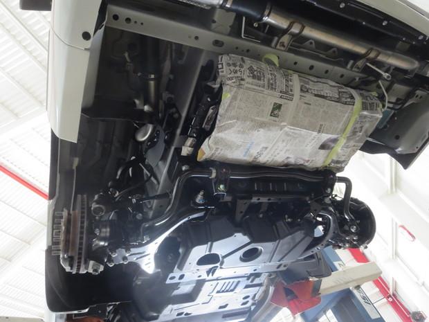 下回り防錆塗装_キャラバン(LDF-VW6E26)_5.JPG