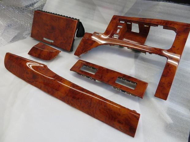 内装パネル塗装・レクサス(GWL10) (3).JPG