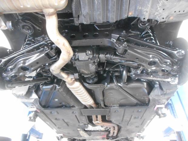 防錆塗装_BMW330xi(ABA-VD30)_3.JPG